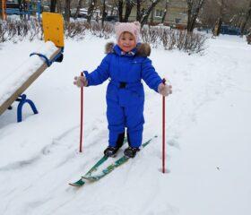 На лыжах 2
